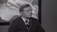 La mañana - La visita de Neil Armstrong al programa 'La Clave'