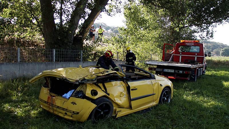 Mueren cuatro jóvenes y otros dos resultan heridos graves en un accidente en Galisancho, Salamanca - Ver ahora