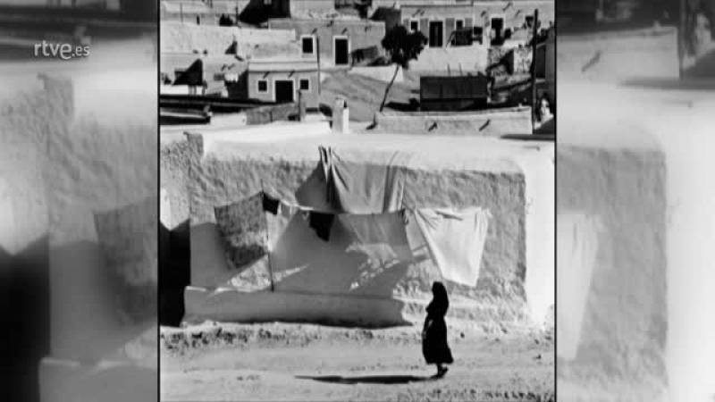 Carlos Pérez Siquier,  fotográfo de La  Chanca : mi intención fue reflejar la dignidad de sus habitantes