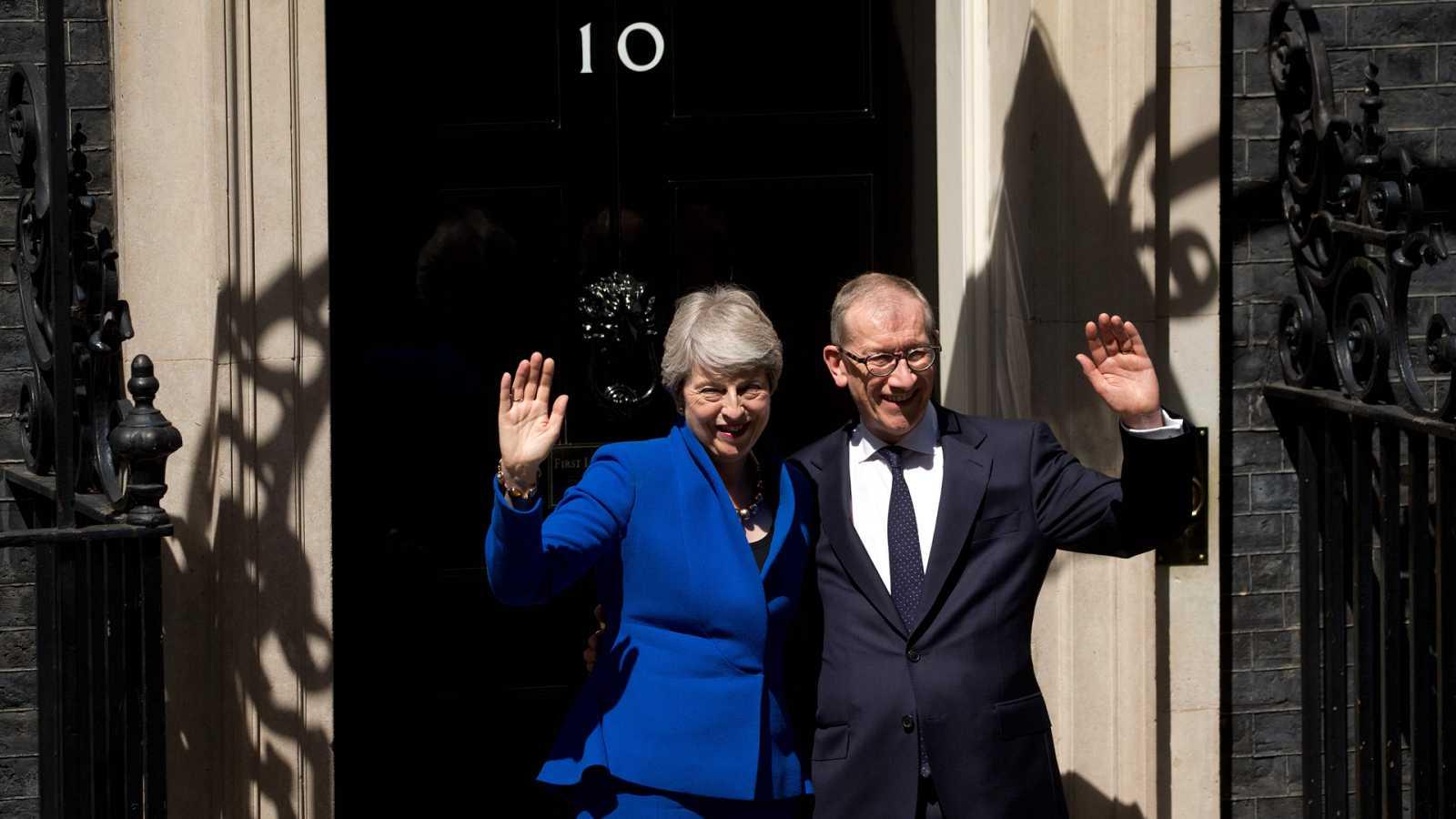 Theresa May deja de ser primer ministra del Reino Unido y da el relevo a Boris Johnson