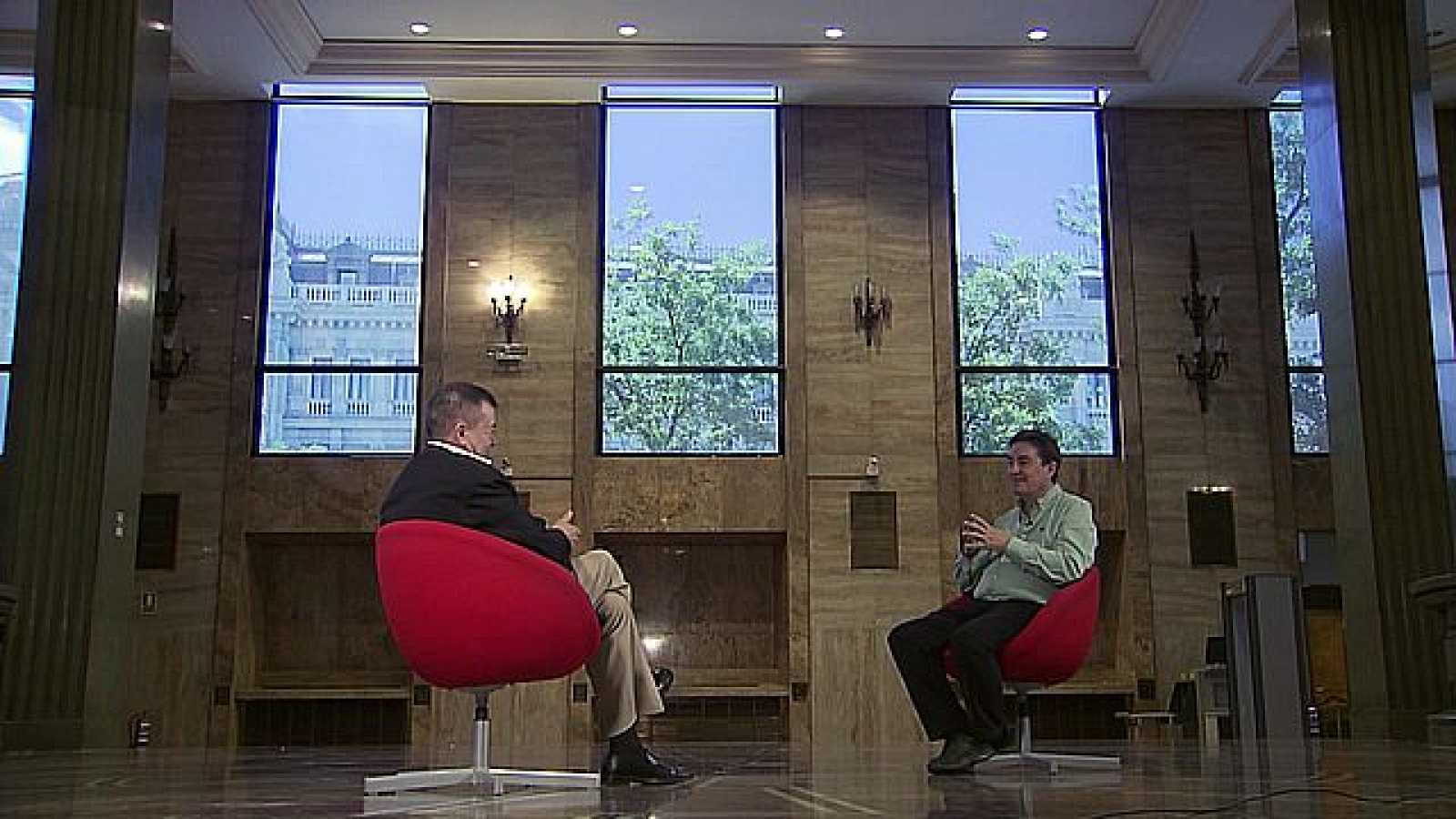 La escritura de Luis García Montero a examen con José Romera*