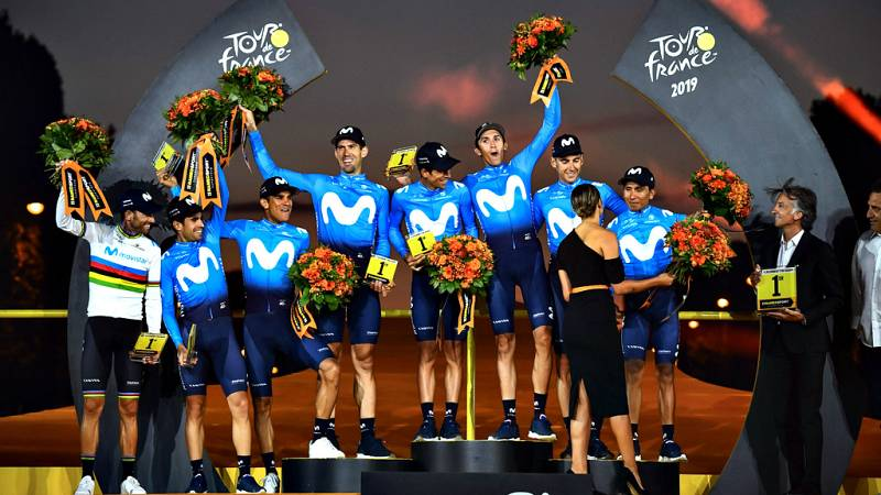 Podio equipo movistar Tour de Francia