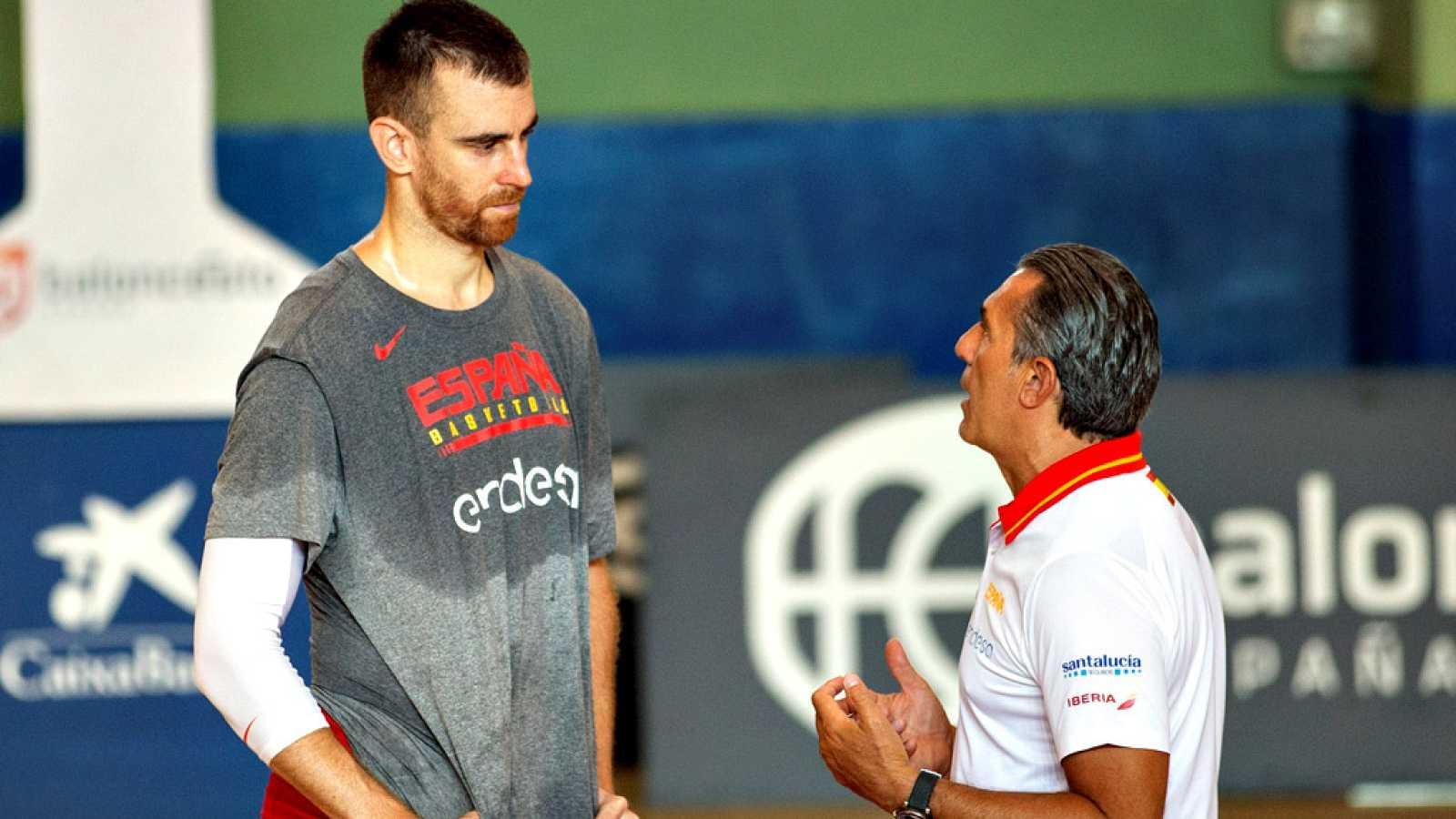 La selección española de baloncesto inició en Madrid su fase de preparación del Mundial China, que se celebrará entre el 31 de agosto y el 15 de septiembre, con los 16 jugadores y el cuerpo técnico ya concentrados para iniciar una primera fase de ent