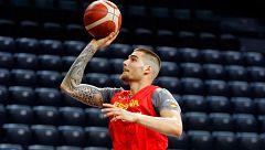 España debuta en la gira de preparación en el nuevo pabellón de Pamplona