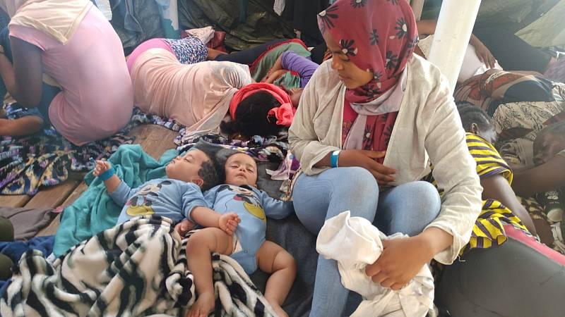 """Rabiya, una de las migrantes rescatadas por el Open Arms: """"En Libia me han pegado, maltratado y abusado"""""""