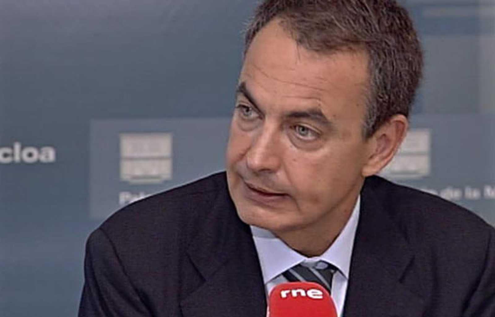 """El presidente del Gobierno, José Luis Rodríguez Zapatero, ha calificado de """"muy bueno"""" el dato del paro de junio, al tiempo que ha recordado que """"esto demuestra que las medidas del Gobierno comienzan a tener efecto""""."""
