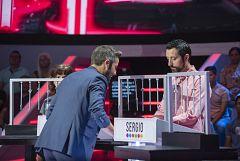 Vaya Crack - Roberto Leal se cuela en el camerino de los concursantes el primer programa