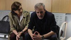 Servir y Proteger - La inspectora Miralles visita al hijo de Elías al hospital