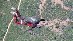 "La mañana - Un ""youtuber"" muere al querer grabar su salto en paracaídas"