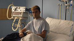 Servir y Proteger - Elías visita a su hijo Israel al hospital