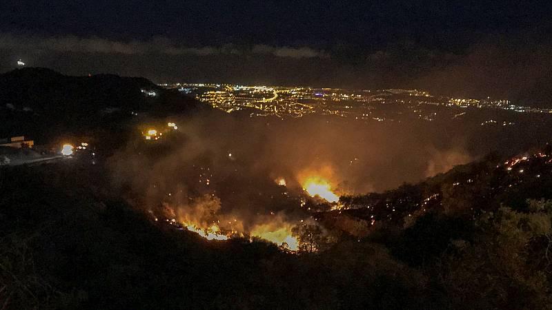 El incendio de Gran Canaria no avanza pero sigue activo tras quemar 1.500 hectáreas