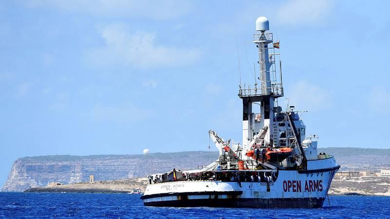 La desesperación cunde en el barco por el bloqueo del Open Arms