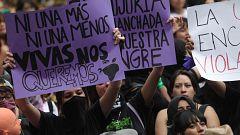 Miles de mujeres se manifiestan en México para denunciar las agresiones sexuales