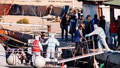 Italia permite que desembarquen los 27 menores no acompañados del Open Arms