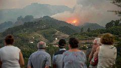 Miles de evacuados por el fuego de Gran Canaria