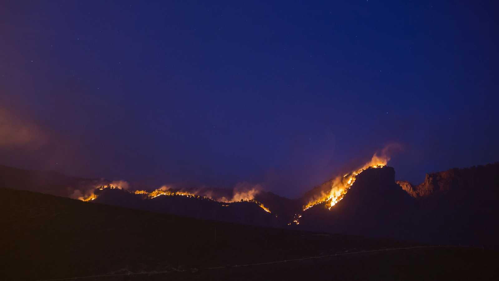 El incendio de Gran Canaria carboniza ya 10.000 hectáreas