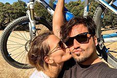 Corazón - David Bustamante disfruta de unas merecidas vacaciones con Yana Olina
