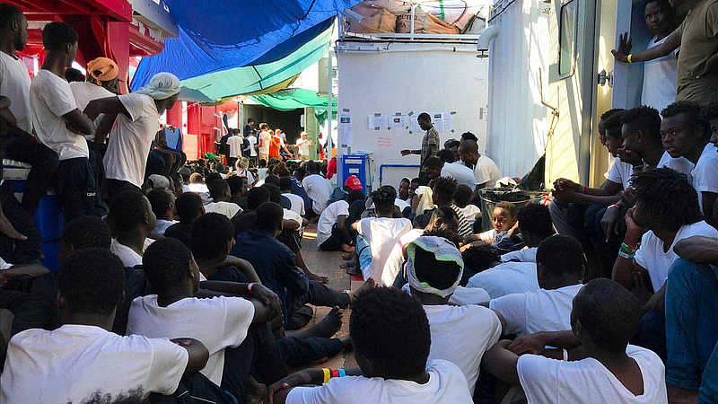 Seis países europeos acogerán a los 356 migrantes del Ocean Viking