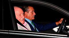 """El rey Juan Carlos evoluciona """"satisfactoriamente"""" y seguirá en la UCI"""