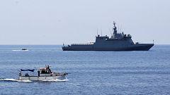 El Audaz lleva tres días en Lampedusa pendiente de embarcar los 15 migrantes del Open Arms que acogerá España