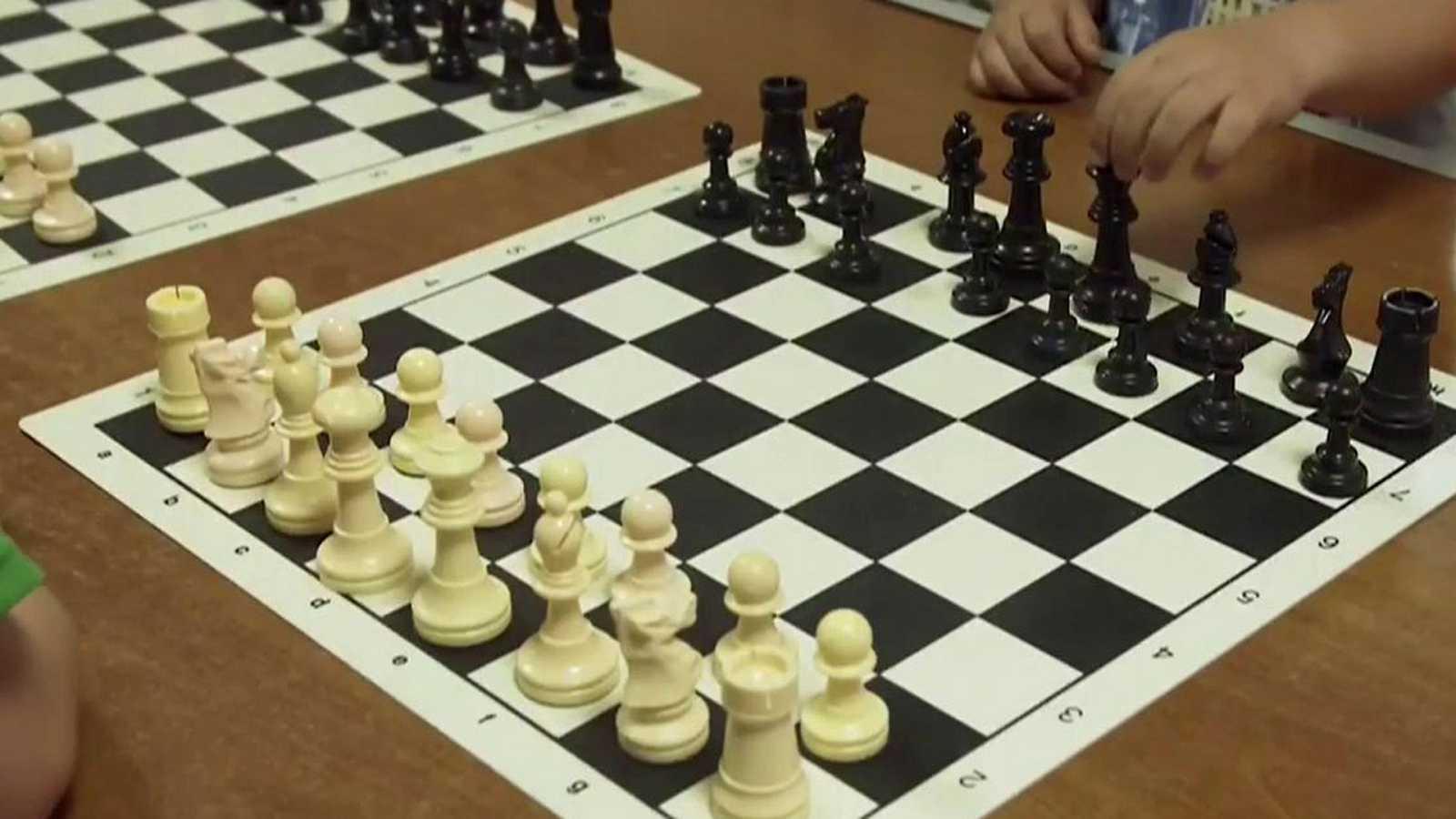 Jóvenes y deporte - Ajedrez - Mérida: Club Ajedrez Magic Extremadura - ver ahora