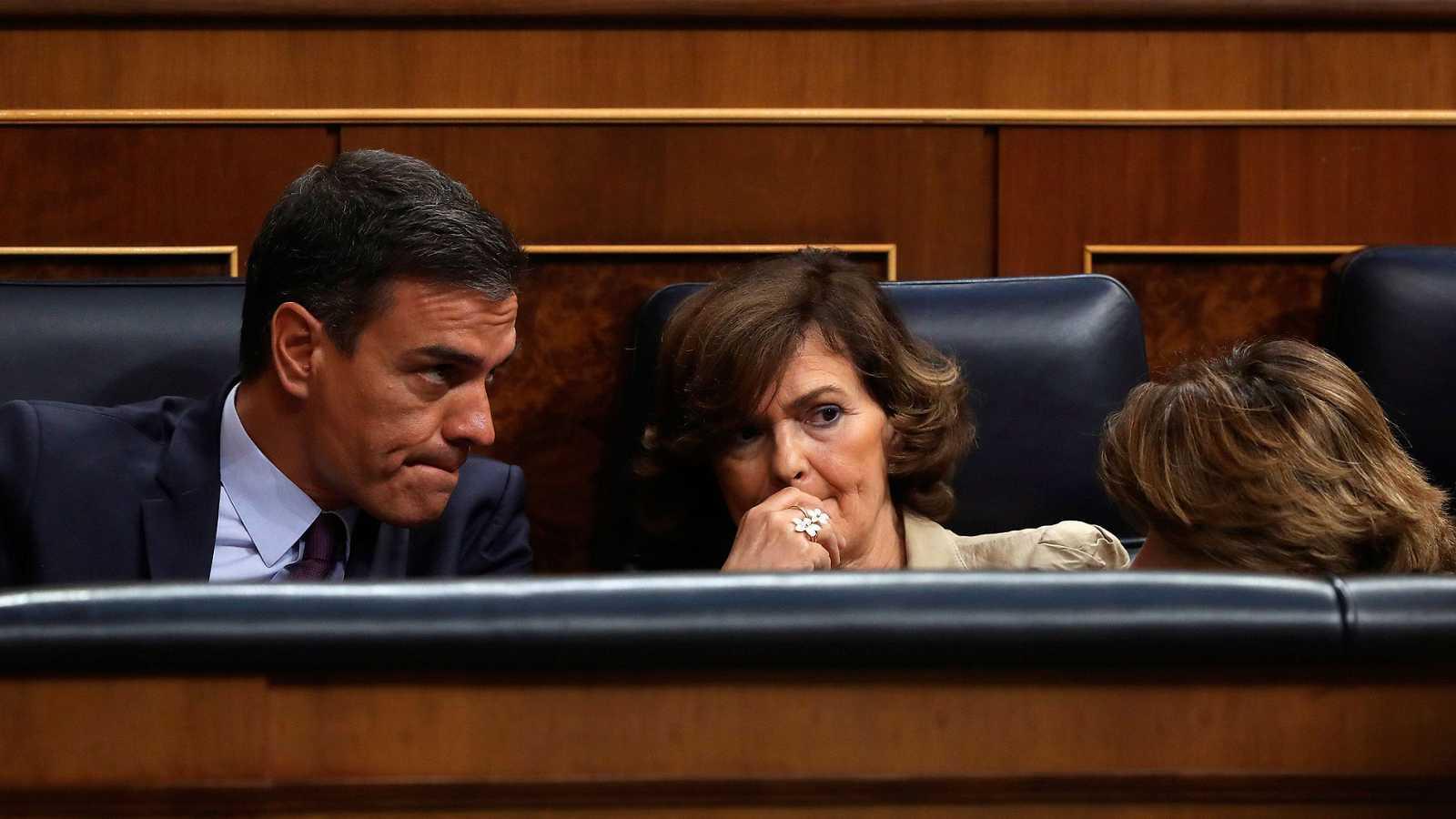 PSOE y Podemos escenifican en el Congreso el abismo que los separa