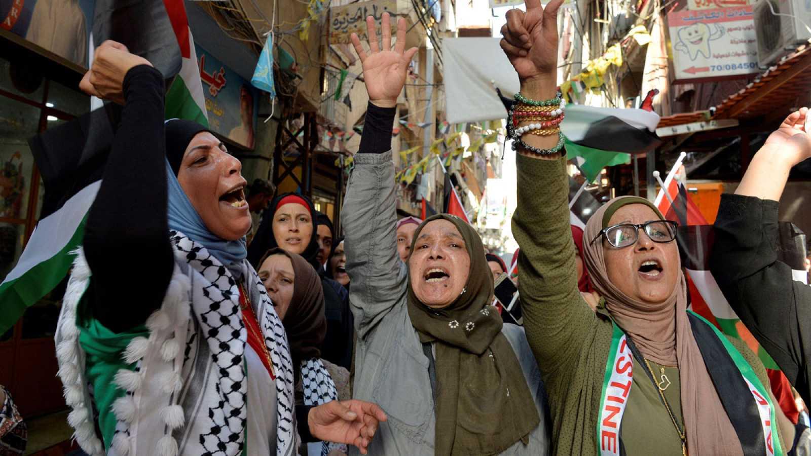 En Palestina, por primera vez, las mujeres se movilizan estos días en las principales ciudades de Cisjordania contra la violencia machista y los llamados crímenes de honor. El último caso es el de una chica de 21 años, asesinada a manos de sus famili