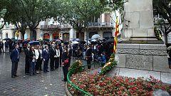 Vox hace una ofrenda floral a la tumba de Rafael Casanova