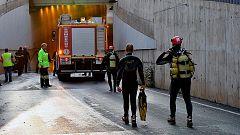 Los servicios de emergencia trabajan para contener las inundaciones en Murcia y Almería