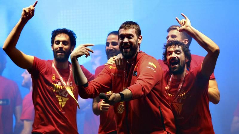 El pívot de Sant Boi, ganador del anillo de la NBA y del Mundial en el mismo año, ha dedicado el triunfo al trabajo de dos meses de la selección.