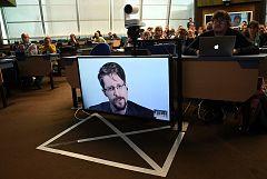 Snowden reclama la protección de datos personales en internet