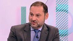 """Ábalos acusa a la derecha de """"obstrucción"""" y a Unidas Podemos de """"chantaje"""" en las negociaciones para la investidura de Sánchez"""