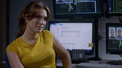 Servir y Proteger - Ángela descubre nuevas pistas sobre Font