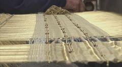 Jorge Lizarazo, el tejedor colombiano que ha llegado al MOMA con sus tapetes artesanales