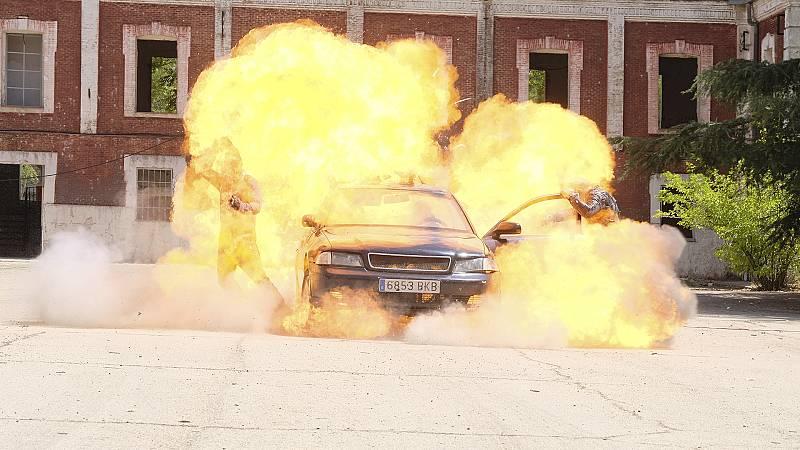 Making of Capítulo 599: Así se grabo la explosión de final de temporada de 'Servir y Proteger'