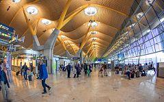 Las once directoras de aeropuertos españoles narran su experiencia de igualdad