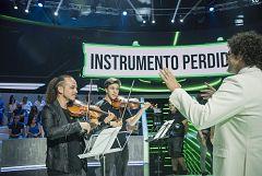 Vaya Crack - Pablo Ibáñez dirige una orquesta con ayuda de un robot