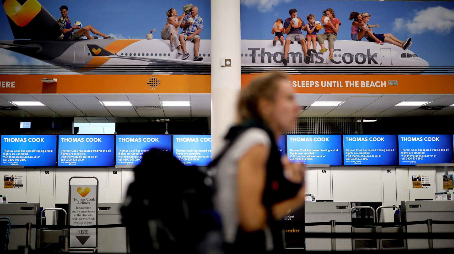 Resultado de imagen de El grupo de viajes Thomas Cook quiebra y deja tiradas a 600.000 personas en todo el mundo