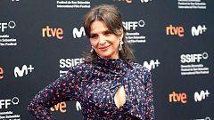 Juliette Binoche deslumbra en el Festival de Cine de San Sebastián, donde ha presentado la nueva película de Koreeda