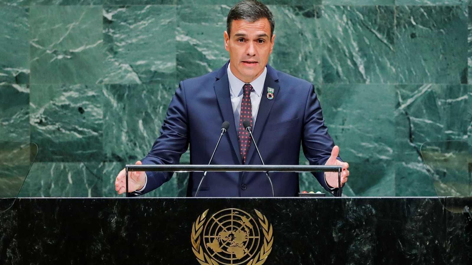 """Sánchez celebra ante la ONU la """"victoria democrática"""" de la exhumación de Franco"""