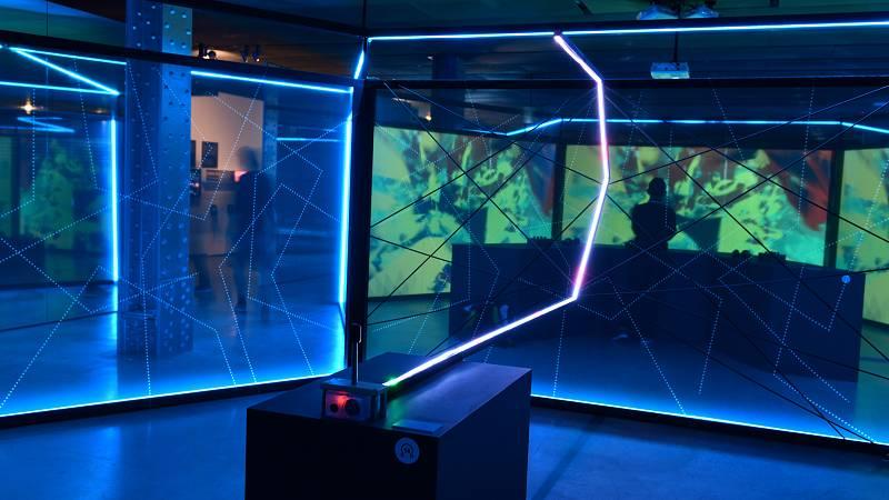 Empleo, arte, ciencia, cultura... Son algunos de los ámbitos donde la influencia de los videojuegos es mucho más profundo de lo que parece, y afecta tanto a jugadores como a no jugadores. Una exposición propone ahora profundizar en el impacto de los