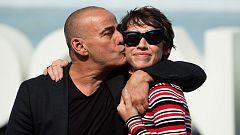 Eduard Fernández y su hija Greta presentan la película 'La hija de un ladrón', en San Sebastián
