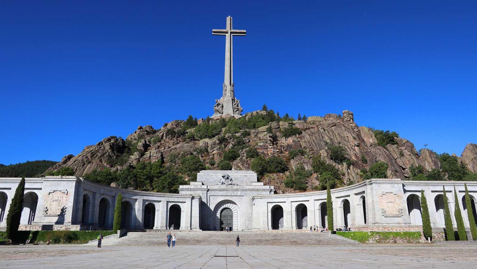 El Supremo despeja la exhumación de Franco