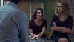 Mercado Central - Elías pide a Rosa y Lorena que trabajen juntas en el bar