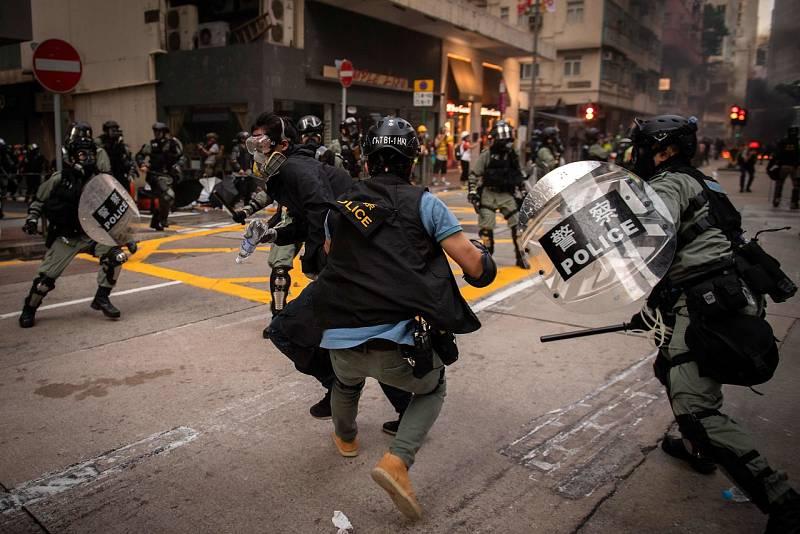 Violencia en las calles de Hong Kong