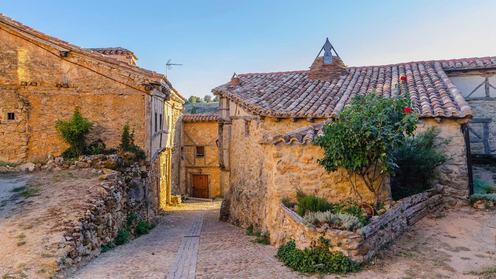 La mañana - La España vaciada: el desabastecimiento de las comarcas rurales