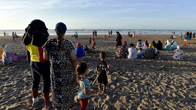 Naufragio en Casablanca: las familias esperan que el mar devuelva los cadáveres de los ahogados