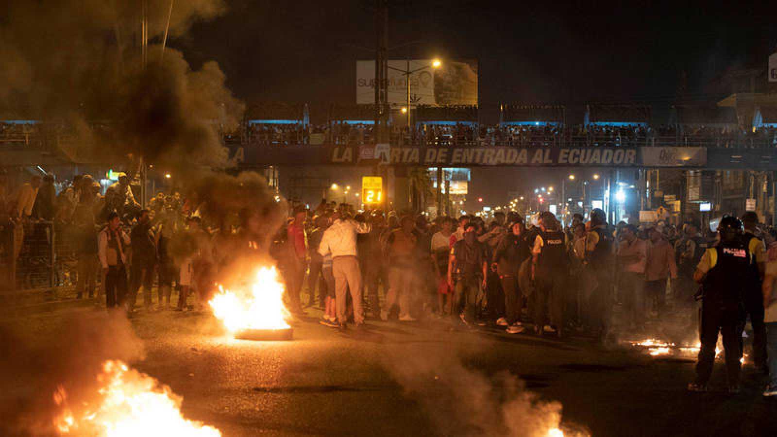 El presidente de Ecuador traslada la sede del Gobierno a Guayaquil por el recrudecimiento de los disturbios