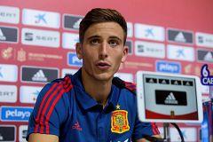 Pau Torres, feliz en su primera convocatoria con la selección