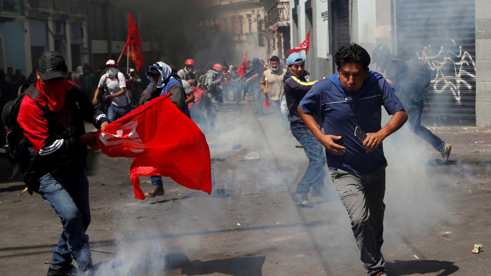 Miles de indígenas y trabajadores protestan en Ecuador durante la huelga general contra los ajustes de Lenín Moreno